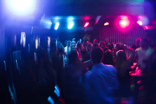 discotheque parisienne